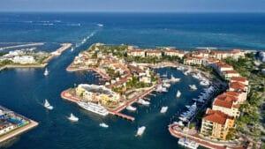 Desfile botes Marina Cap Cana